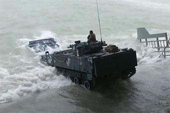 中泰海軍演習首次混編聯合搶灘登陸演練