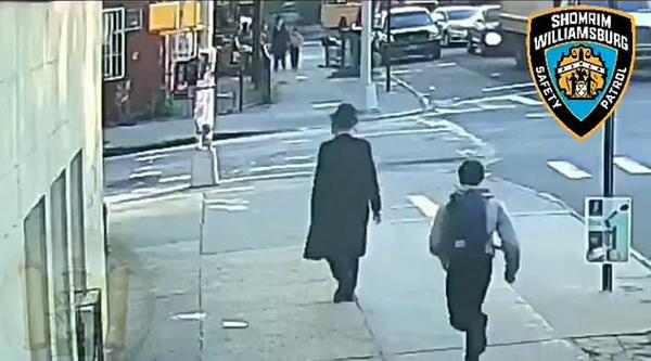 """无端""""种族主义袭击"""" 美一犹太男子街头遇袭"""