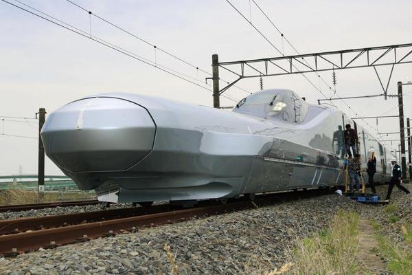 """日本将试跑新一代""""长鼻子""""新干线列车 时速360公里"""