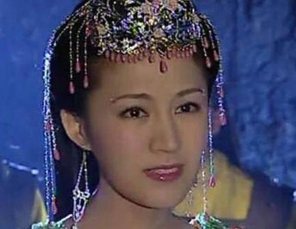 23岁出道,为家庭淡出生2个孩子,恩爱22年仍被老公宠成公主