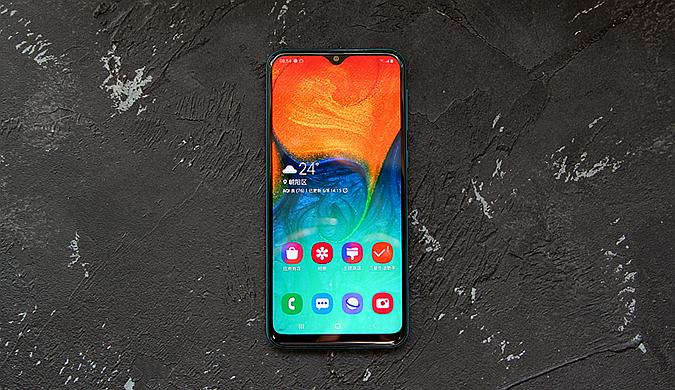 三星Galaxy A40s体验:手机重度玩家的新选择