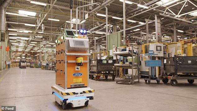 福特西班牙厂测试自驾机器人 送货时可规避障碍