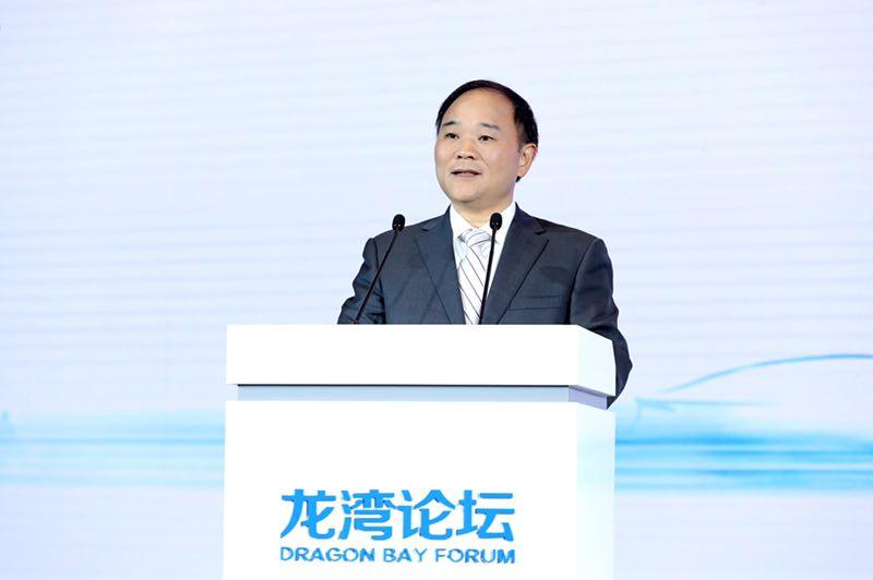 吉利李书福:中国品牌将在汽车智能化变革中转型