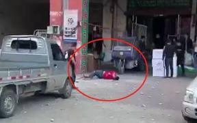 墙皮脱落 一男子被砸中身亡!