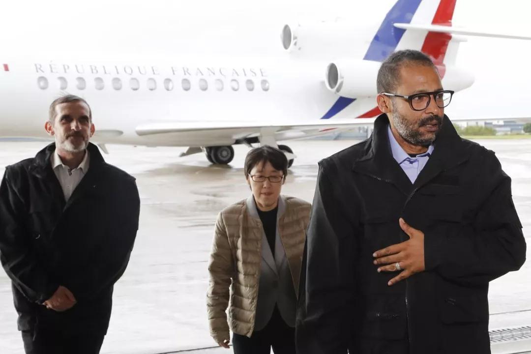 法国用两条命换回她一条命,她一回韩国就被骂惨!