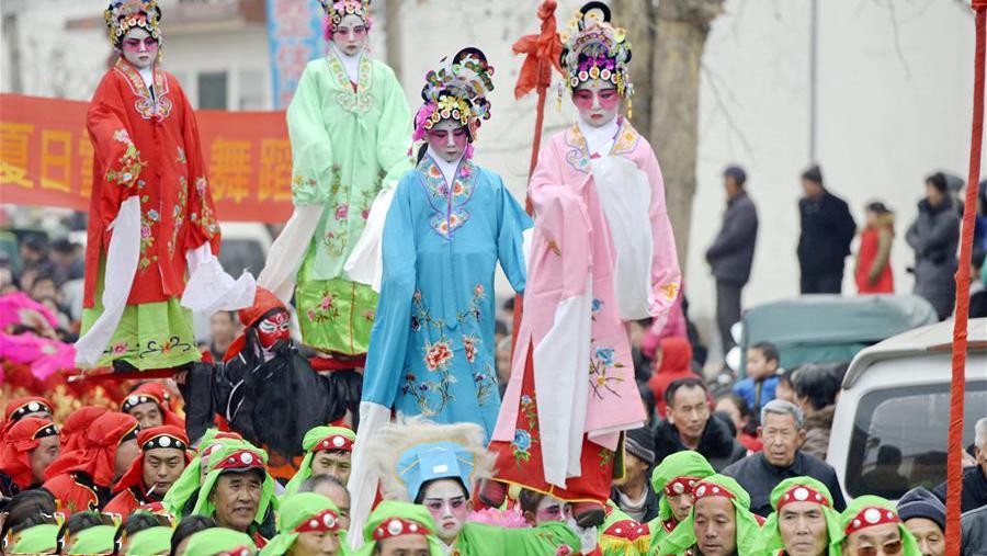 河北省非遗扶贫项目带动就业一万人