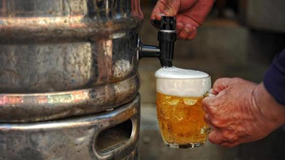 美媒:2030年,中国人均饮酒量将超过美国