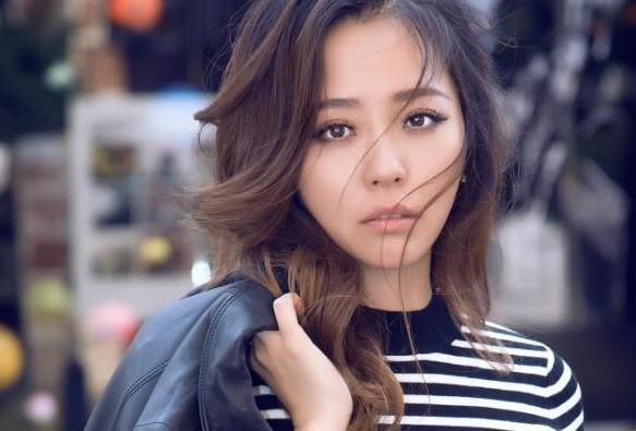 华晨宇与张靓颖手撕芒果,网友:芒果这段时间是怎么,老是出错?