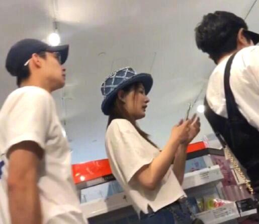 徐璐和張銘恩逛超市