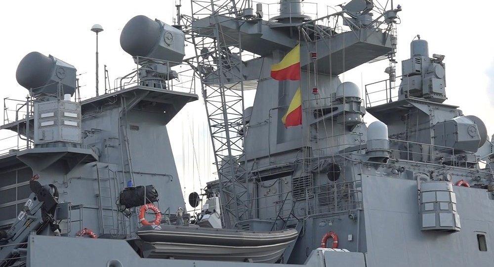 """两艘俄军舰抵达叙利亚部署 均配备""""口径""""导弹"""