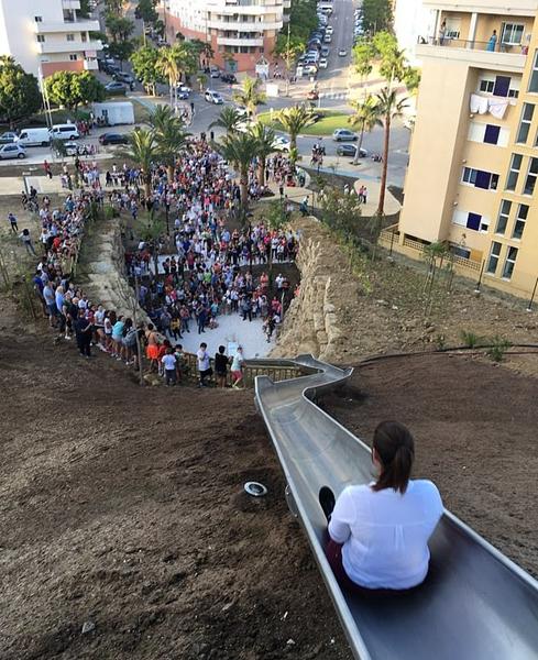 西班牙最长滑梯不到两天时间致多人受伤遭关闭
