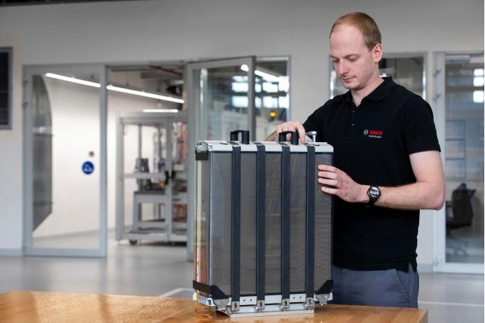 博世电动汽车燃料电池将使用比同类产品更少的铂