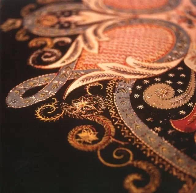 刺绣:针尖上的艺术