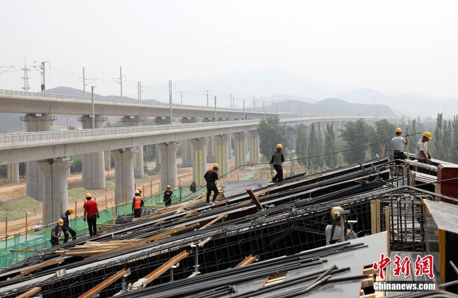 京张高铁站后剩余配套工程全面展开施工