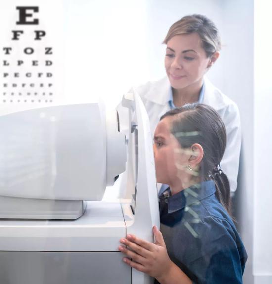 眼睛出现这些症状一定要重视 每三人中有一人患病