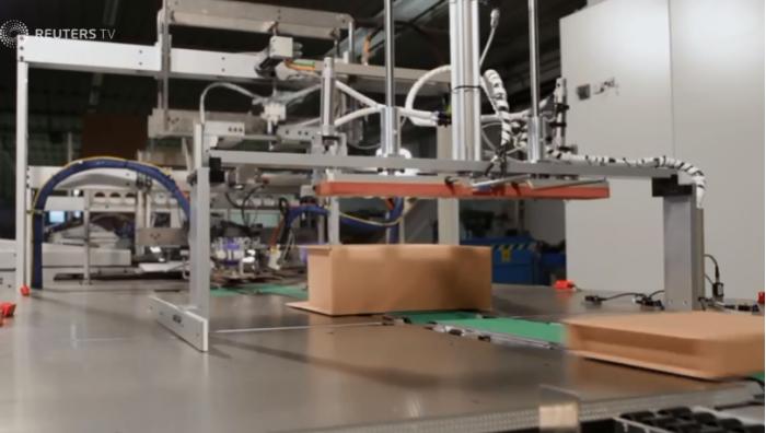 亚马逊推打包订单机器人 替换人类员工提升利润
