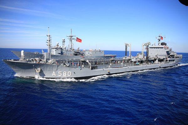 土耳其史上最大规模海军演习继续进行 百余艘舰艇参演