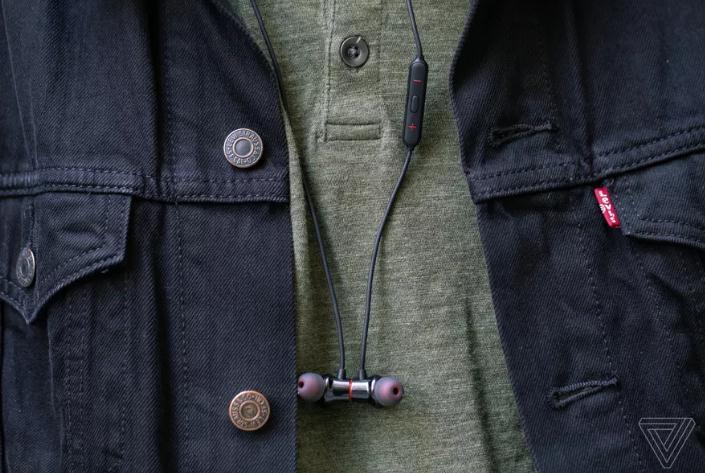 一加子弹无线耳机2发布:佩戴更舒适 售价99美元
