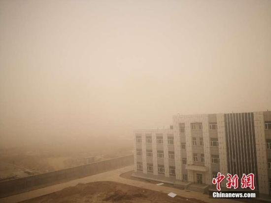長江中下游等地有較強降水 內蒙古等地有大風沙塵天氣