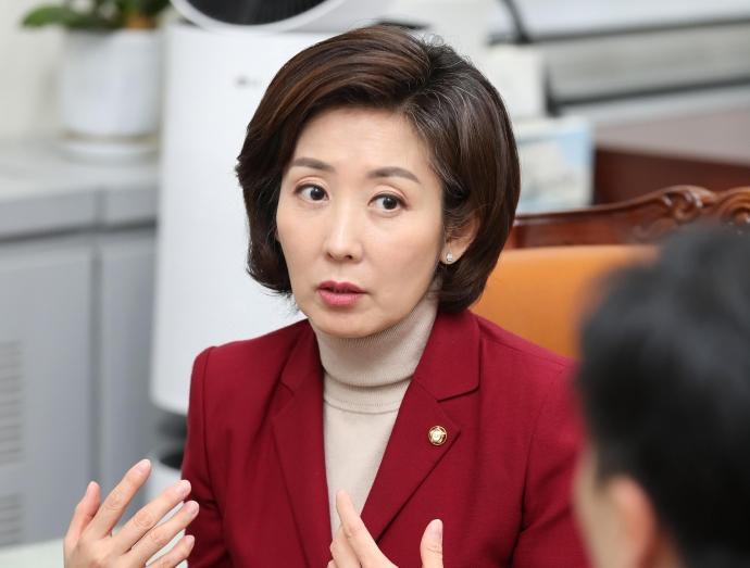 想不想当韩国女总统?在野党这位女领导回了三个字