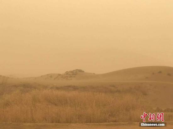 江南华南等地有较强降水 内蒙古中东部有沙尘天气