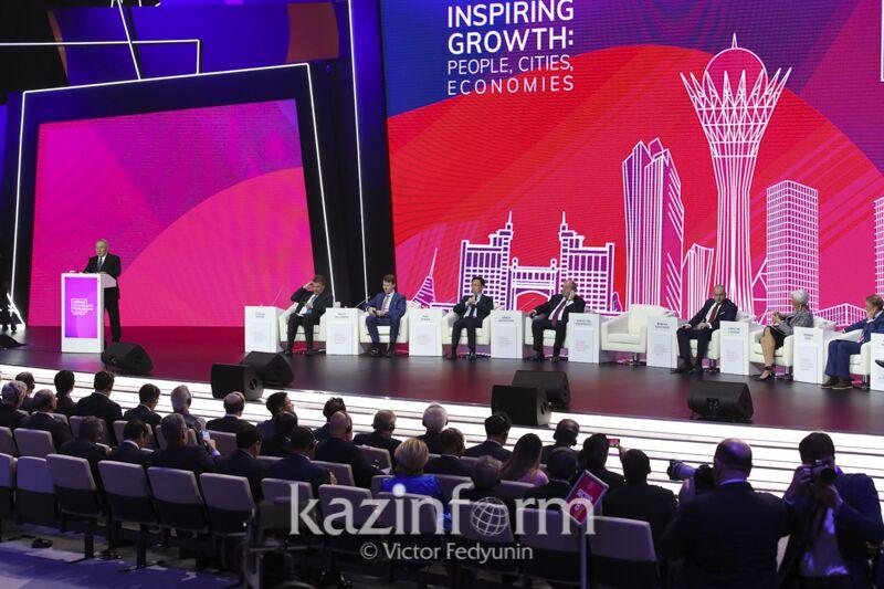 第十二届阿斯塔纳经济论坛开幕 纳扎尔巴耶夫:世界强国应直接对话