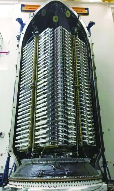 """美国要发射400颗星链卫星 被批是""""太空杀手"""""""