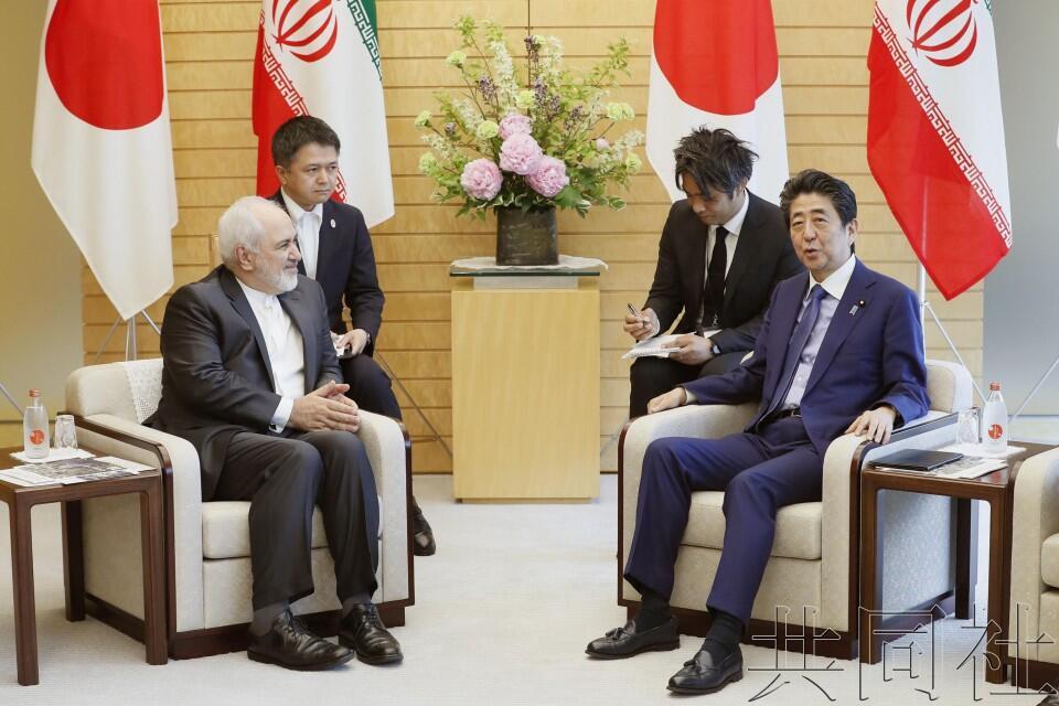 伊朗外长突访日本相继会晤日本外相及安倍晋三