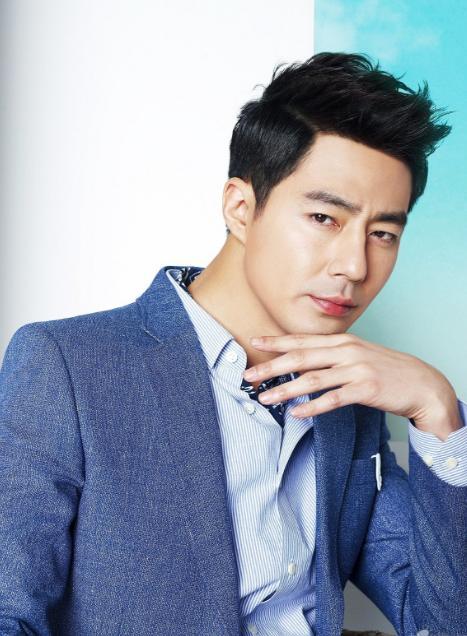 韩国的大龄男神依旧帅气有型,简直就是冻龄啊!