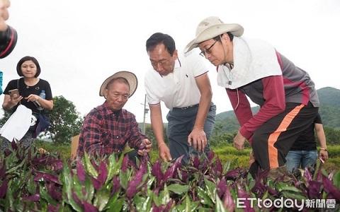 郭台铭承诺将投入科技协助提高农民收入