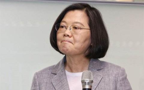 """最新民调蔡英文竟胜赖清德9.5% """"绿委""""郭正亮揭内幕"""