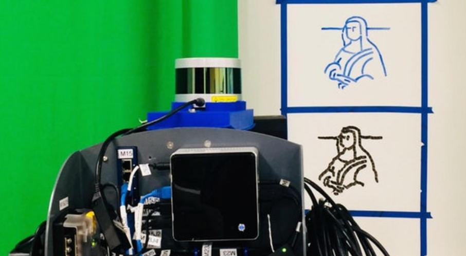 """美大学生用算法 """"教会""""机器人临摹蒙娜丽莎"""