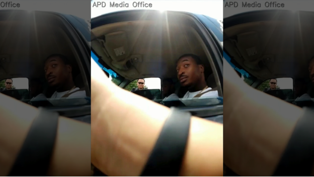 美国得克萨斯州警官因枪杀黑人司机被解雇