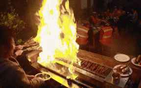 郭京飞做了个错误的灭火示范