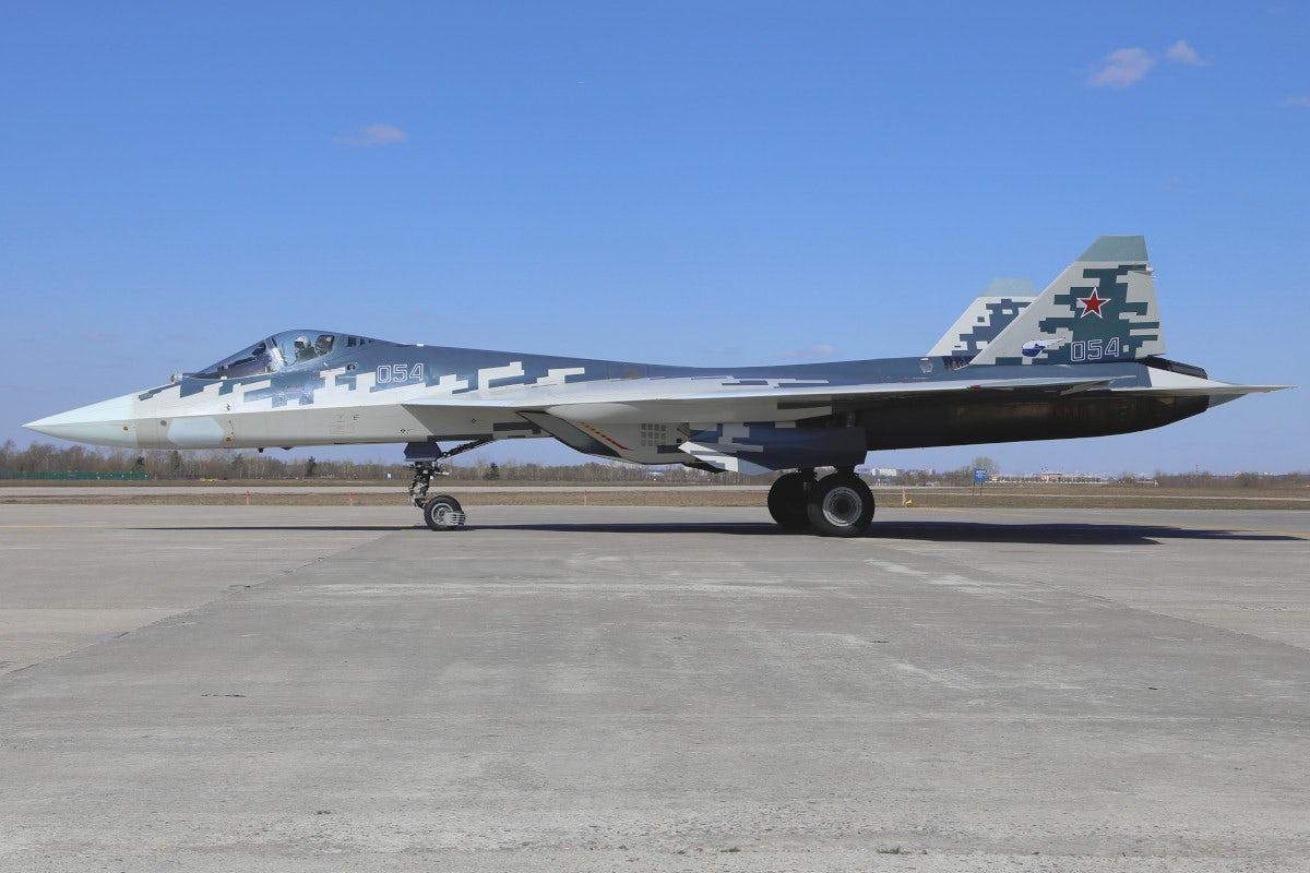苏57与F35遭遇会怎样?F35能先敌发现却不占优
