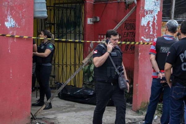巴西一酒吧发生枪击案致11人丧生 凶手在逃
