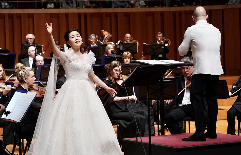 雷佳谭盾携手费城交响乐团全球首演《九色鹿》