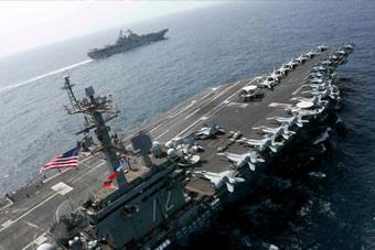 """美軍又有大動作!在伊朗家門口集結""""雙航母"""""""