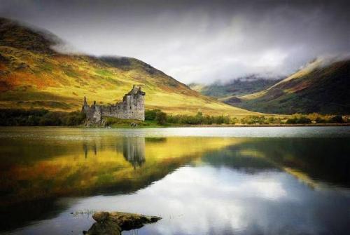 指南 | 苏格兰魔幻系风景——绿色山峦、城堡、灯塔、悬崖