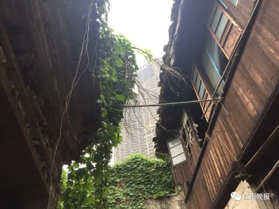 历经200年风雨飘摇,竟被贼盯上!无锡市中心这家文保单位门额被盗