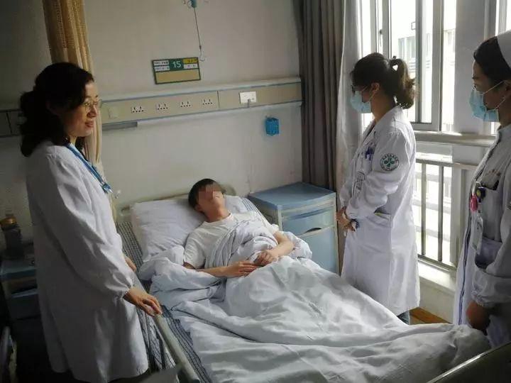 杭州男生健身归来离奇发烧,走路都疼痛难忍!这下悲剧了……
