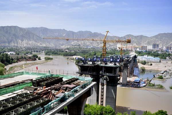 川海大桥建设稳步推进