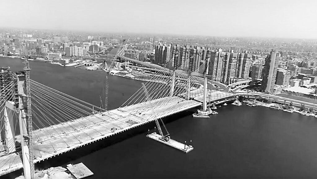 """""""埃及万岁大桥""""世界最宽:67米"""