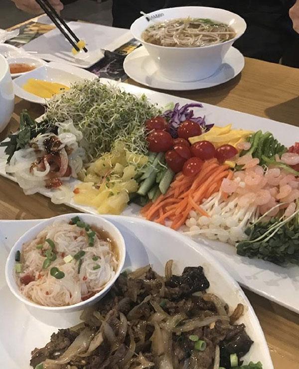 韩国女团减肥套餐曝出,三餐没有肉,生菜都不能蘸酱
