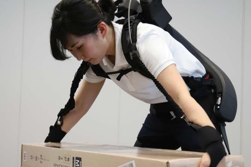 日本企业展示搬砖神器