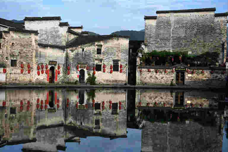安徽黟縣宏村風景區:美如畫卷,景色迷人
