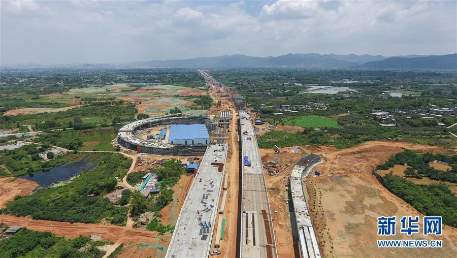 成都天府国际机场高速公路抓紧建设