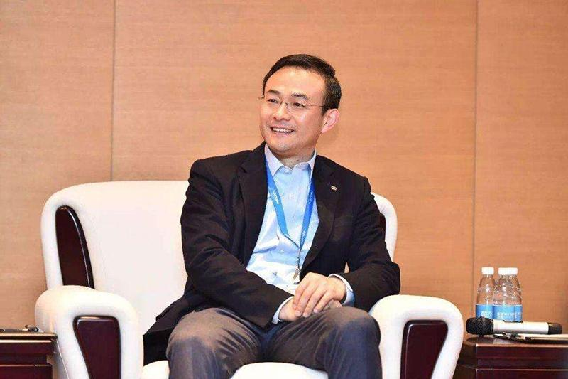 郑刚加盟铁牛集团 担任董事长特别顾问