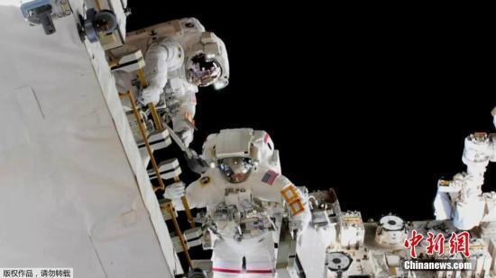 國際空間站宇航員黑格在太空兩個月內身高增長5厘米