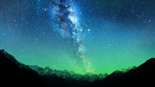 一個又大又暗的神秘物體 把銀河系打了個大洞